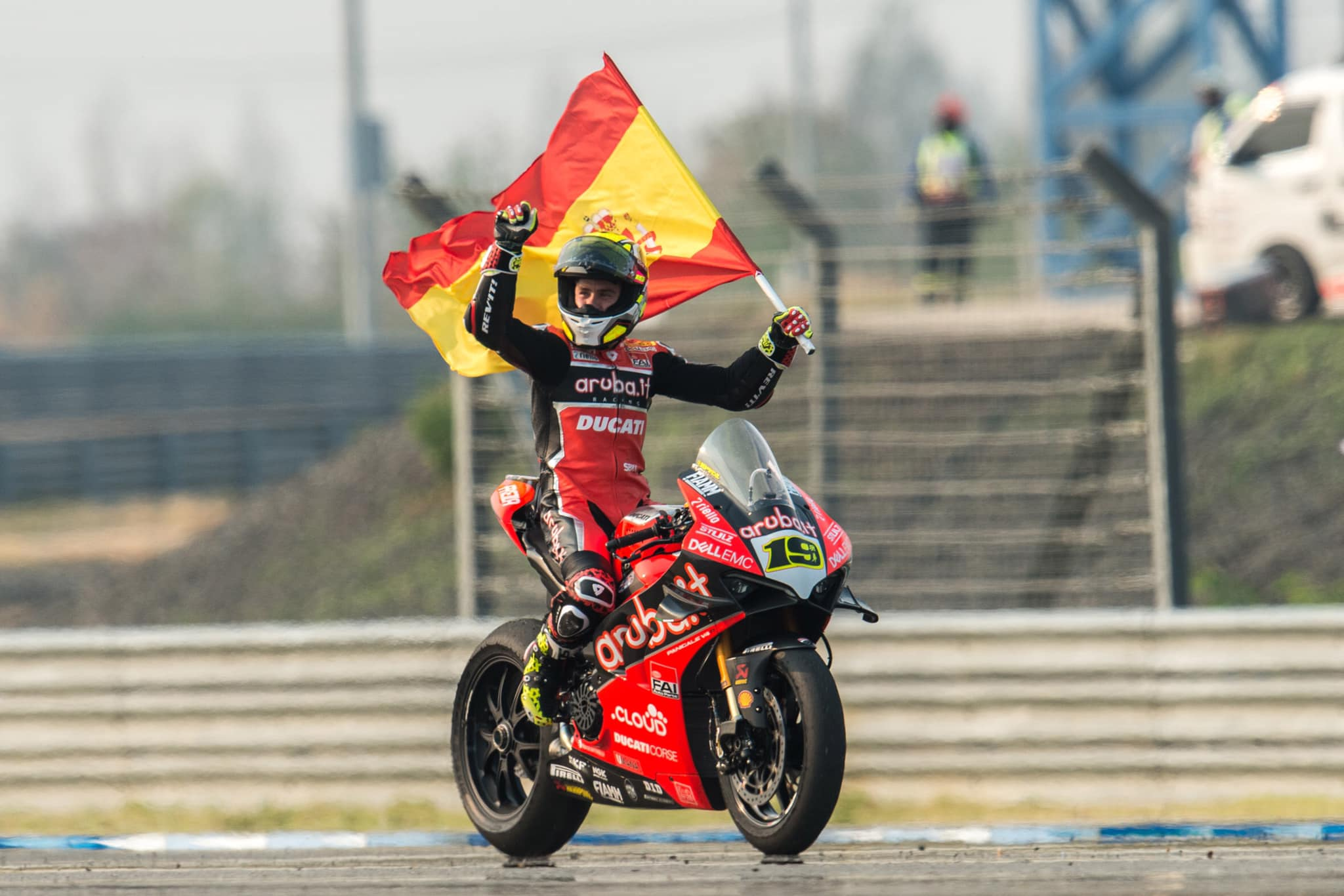 Lluís Zúñiga»Si Bautista no fuese español, ¿Hubiese Dorna limitado aún más la Ducati?»