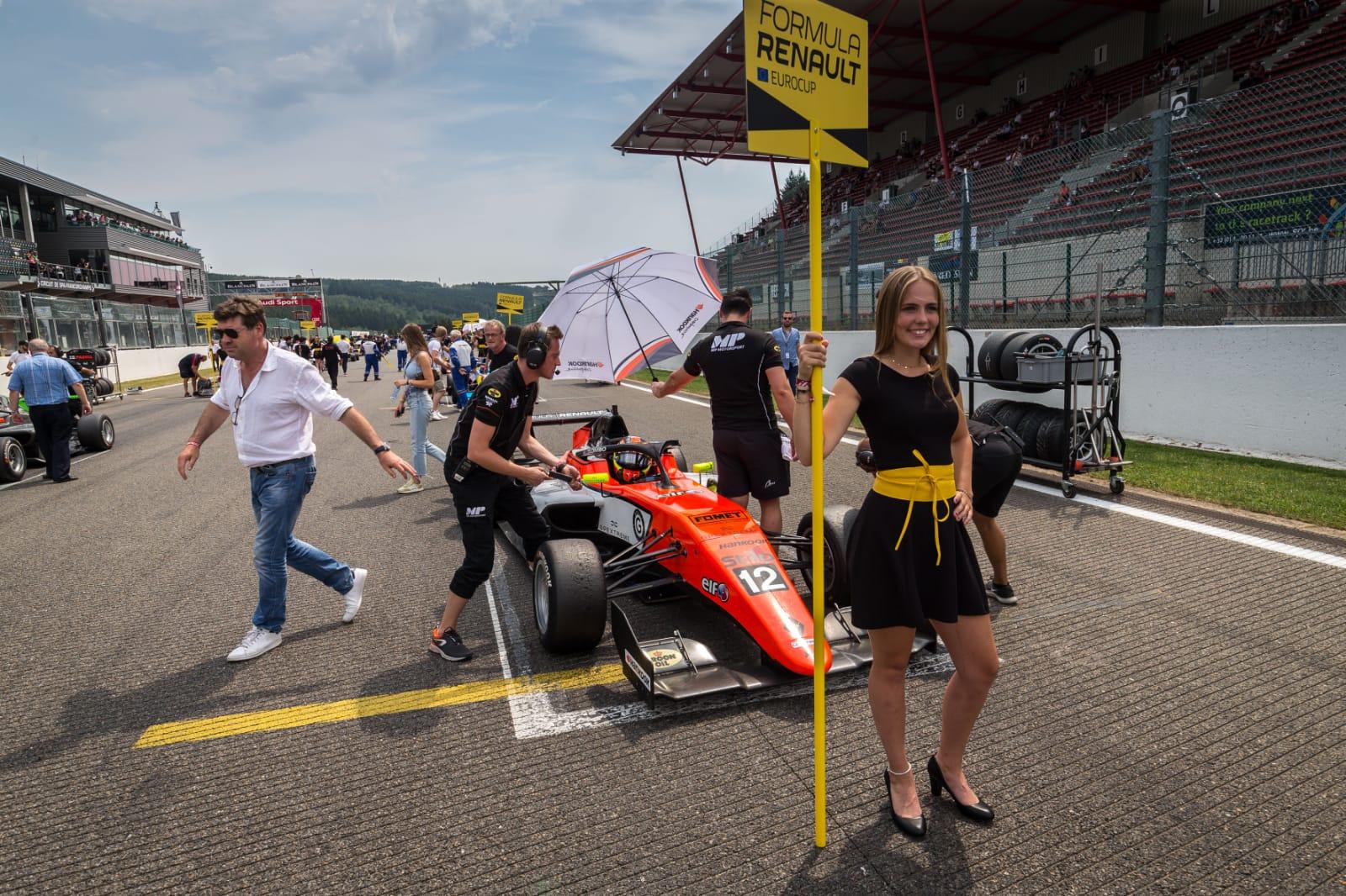 Brillante successo di Lorenzo Colombo in Formula Renault Euro Series