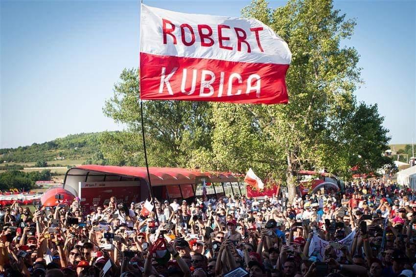 In 40.000 per Kubica