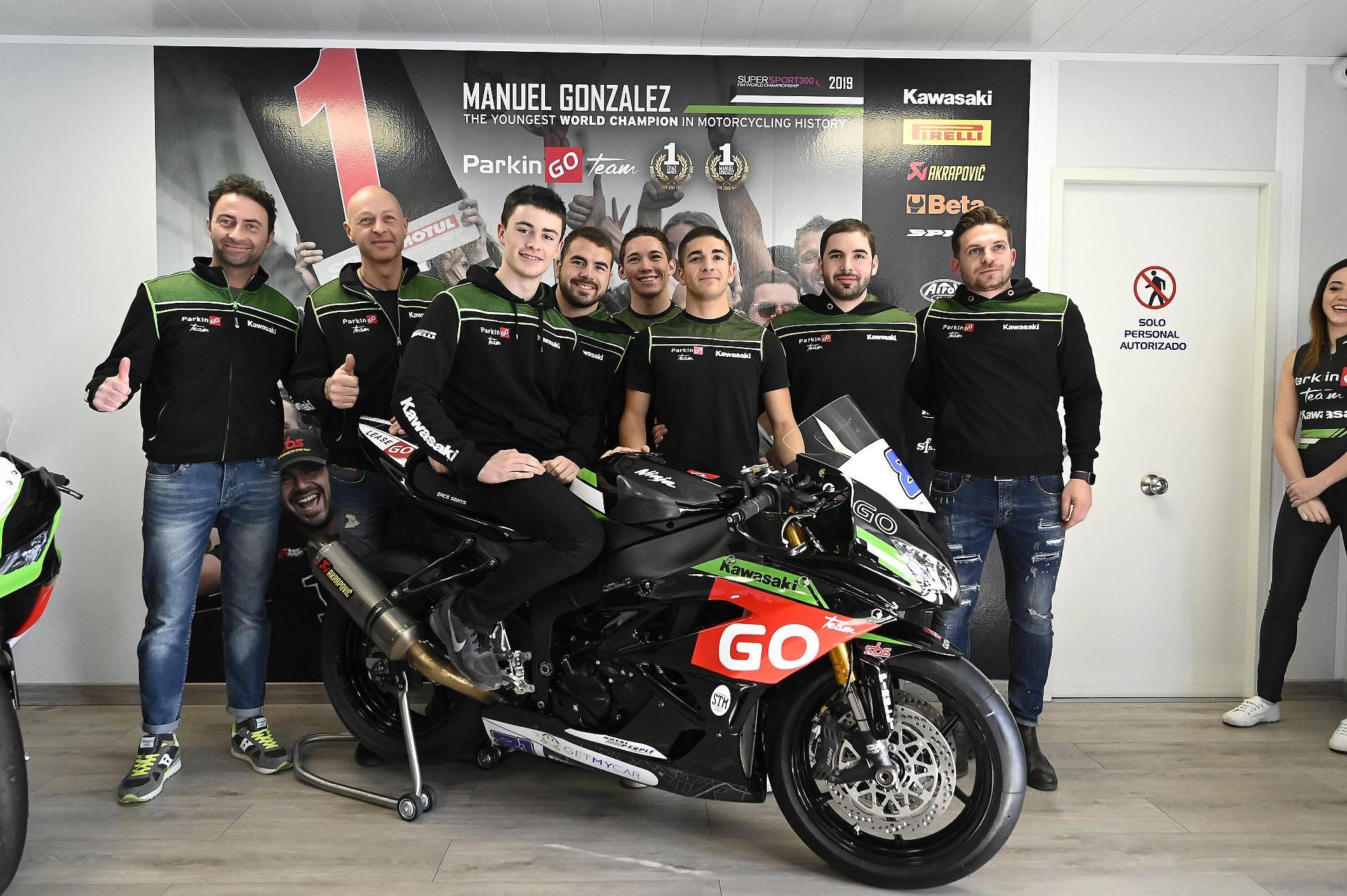 Moto: presentato a Madrid il team ParkinGO Kawasaki 2020